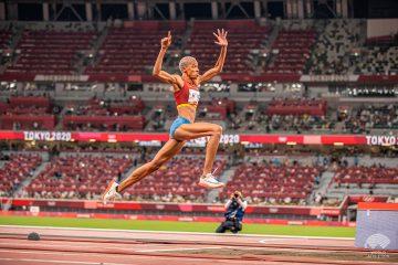 Sebastián-Cano-Caporales-Yulimar-Rojas-ganó-una-dorada-olímpica-para-Venezuela
